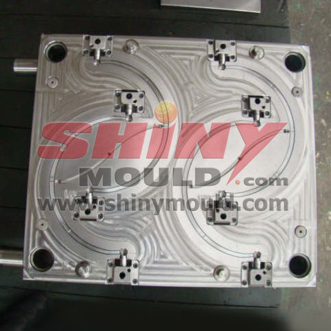 4 cavity bucket handle mould 02